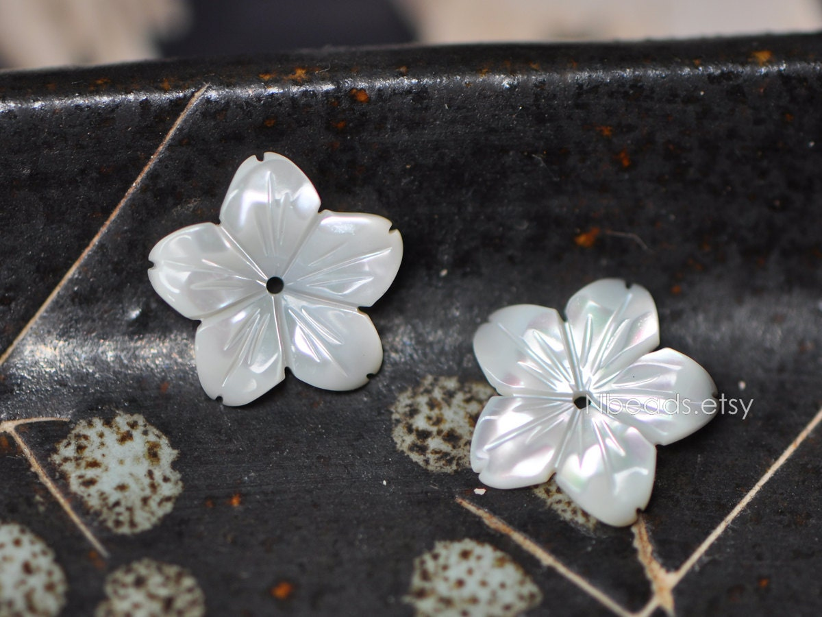 Mother Of Pearl Flower Cabochon 14mm White Mop Shell Star