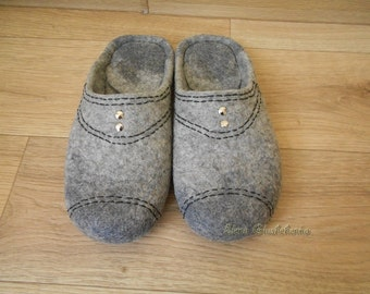 Men's House Slippers READY TO SHIP Felted Slippers Gray Handmade Slippers Organic wool slippers Gift for him House shoes Father's Day Gifts