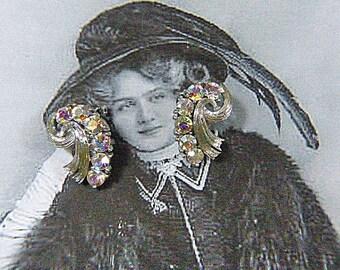 Vintage 50s 60s LISNER Aurora Borealis Clip Earrings - V-EAR 200 - LISNER Clip Earrings