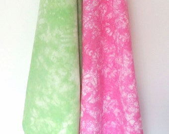 Set of 2 Kitchen Towels - Pink and Green Tea Towel Set - Flour Sack Towels - Hand-Dyed Towels - Tie Dye