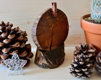 """Rustic style """"Log"""" wooden photo holder."""