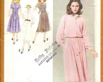 1980's Sewing Pattern - Simplicity 9254 Soft flowing Top button dress Size 14 Uncut, Factory Folded