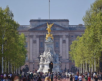 London and the Victoria Memorial/Buckingham Palace