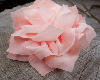 Large Carnation Hair Clip ~1 pieces #100783