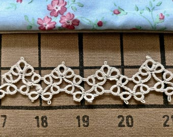 Tatted Lace  1 1/8 inch wide - 1 yard and 3 inches long (2 pieces)