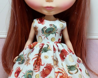 BLYTHE doll Its my party dress - crab fest
