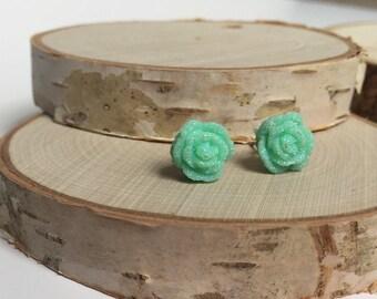 Floral Earrings - Mint Green - 10mm