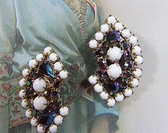 Vintage White Bead and Blue Rhinestone Clip Earrings - V-EAR-551 - White Bead Earrings