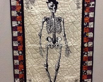 Chillingsworth Skeleton Quilt Wallhanging