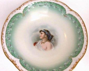 Vente ancienne Bavière Z. S. & Co. porcelaine bol Portrait d'une femme à la main agrémentée collection Home Decor