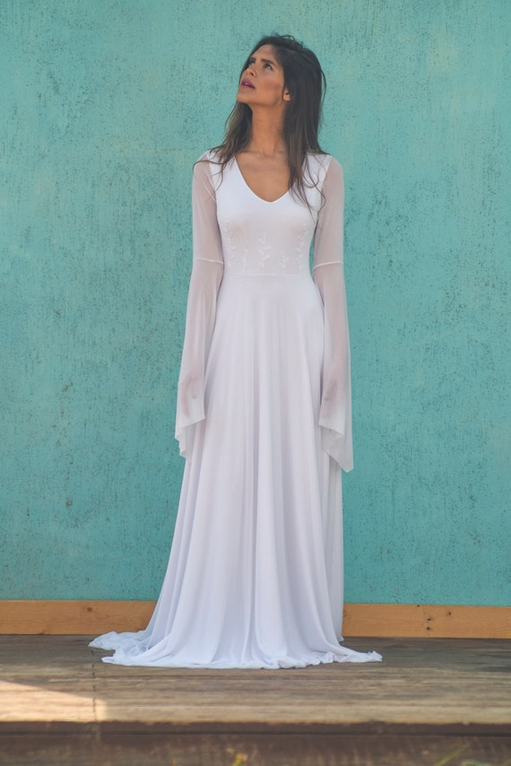 Ziemlich Mantel Brautkleid Mit ärmeln Fotos - Brautkleider Ideen ...