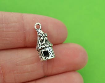 5 Silver 3D Gnome House Charms (CH232)
