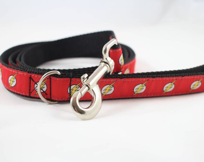 Flash dog leash, dog collar, lightening bolt leash, bolt leash, superhero dog accessories, DC comics dog gear, pet gifts.