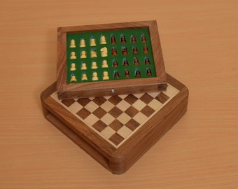 Traveling Magnetic Chess Set 5 x 5 inches with Drawer fitted pieces from India. SKU: M0001