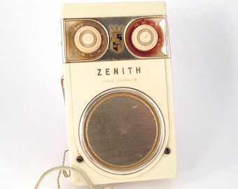 1950s Zenith Royal 500 DeLuxe Long Distance Tubeless All Transistor Radio - Vintage Portable Radio - Vintage Radio - Vintage Decor