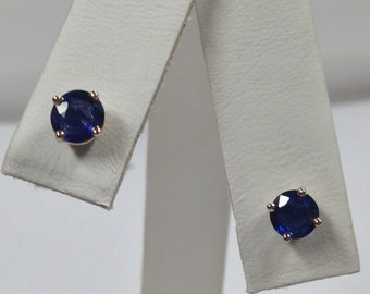 Natural Sapphire Stud Earrings Solid 14kt Yellow Gold