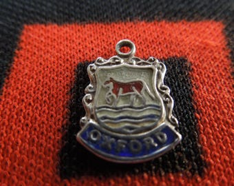 Enamel Silver Oxford Charm England Travel Shield Crest Silver Charm for Bracelet from Charmhuntress 05024