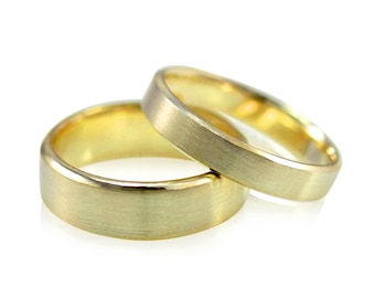 Yellow Gold Wedding Band Set, Mens and Womens Brushed His and Hers Beveled Wedding Ring Set, 6mm and 4mm in Recycled 14k Gold Wide Ring