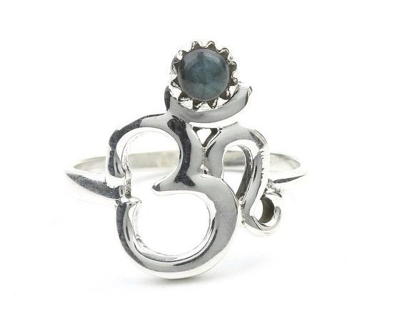 Labradorite Om Ring, Sterling Silver Labradorite Ring, Stone Jewelry, Gemstone, Crystals, Boho, Gypsy, Minimal