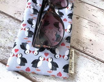 Puffin Love Sunglasses Case, Wide Glasses Pouch, Padded Spectacle Cover, Handbag Accessory, Reader Gift, Padded Sunnies Cover