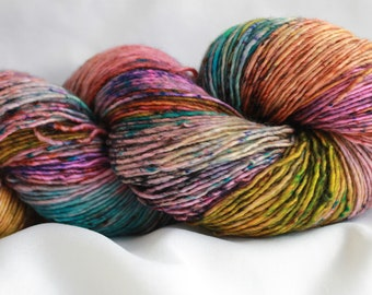 STACYS HEART - Speckle dyed Super wash merino single ply 100 grams (400 yds) #1 free shipping