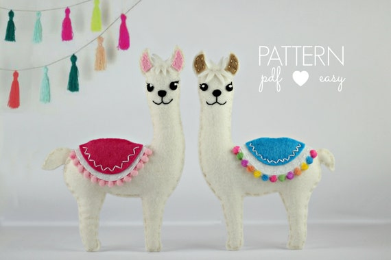 Alpaca Amigurumi Pattern Free : Felt pattern llama pattern llama svg cricut felt ornamanet