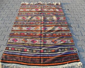 kilim rug free shipping VINTAGE TURKİSH balıkesir cecim kilim handwoven kilim rug decorative kilim - SİZE : 52'' X 92'' ( 132 cm X 232 cm)