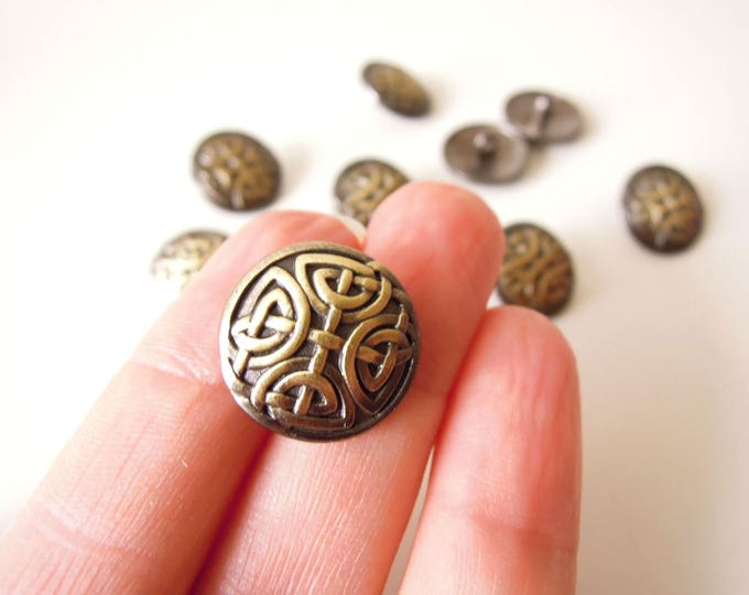 5 Celtic knot buttons - Irish knot Viking knot metal shank buttons in antiqued brass gold finish - Shank brass buttons 17 mm