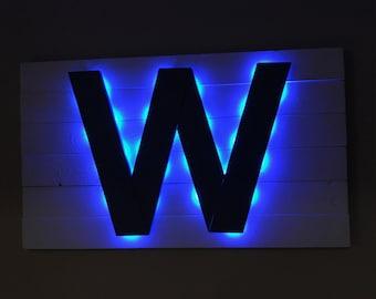 Light-up Chicago Cubs W Flag