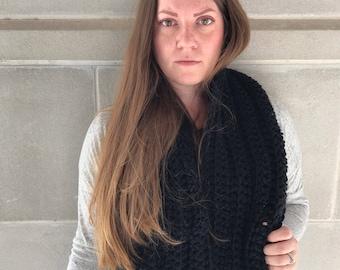 Bulky Scarf - Crochet Scarf - Womens Scarf - Mens Scarf - Chunky Scarf - Infinity Scarf - Oversized Scarf - Black Scarf || WIEBKE SCARF