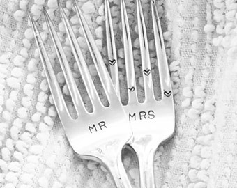 Vintage wedding cake forks, hand stamped - MR & MRS with heart tines,  engagement gift, bridal shower gift, wedding keepsake