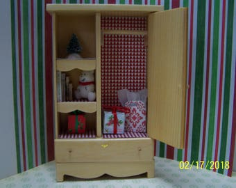 1:12 Miniature dollhouse country cottage shabby chic farmhouse bedroom wardrobe closet w. accessories included