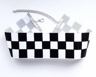 Black and White Chequered Choker