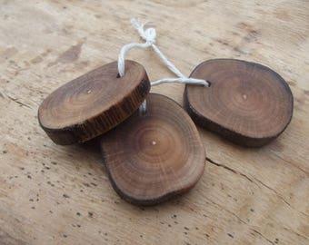 Set of 3 PENDANT / BEAD - slice - raw natural wood - Hazel