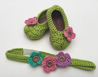 Baby Headband and Bootie Set / Girls ballet shoes / Baby pumps / Baby shoes / Crochet booties / girls headband /