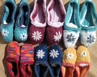 Kids Daisy Pumps  KnittingPattern