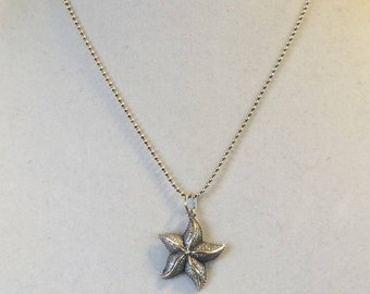"""Sterling Silver Starfish Pendant Necklace 18"""""""
