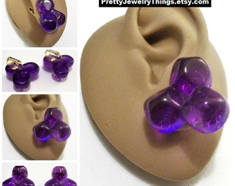 Avon Purple Dawn Bead Clip On Earrings Gold Tone Vintage 1987 Clear Lucite Large Rock Cluster