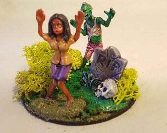 Zombie Apocalypse miniature diorama #9