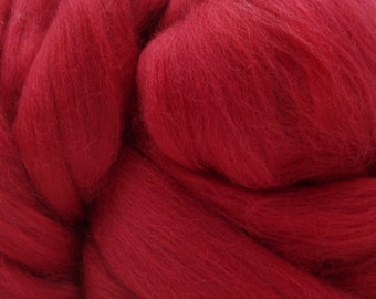 4 oz. Merino Wool Top Hot, Hot Cinnabar