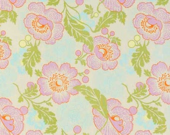 Amy Butler Fabric Fresh Poppies in Ivory 1/2 Yard from the Midwest Modern Collection