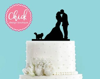 Couple Kissing with Fluffy Cat Wedding Cake Topper