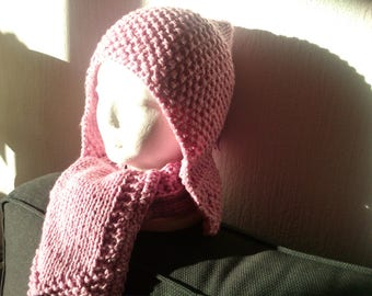 Hand knitted pink scarf and hat