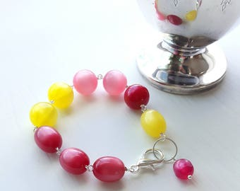 strawberry lemonade bracelet - vintage lucite and silverplated brass - lemon, yellow, pink, raspberry, moonglow
