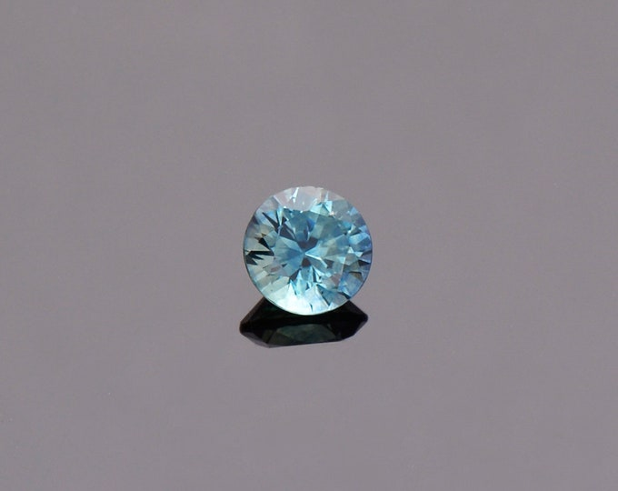 Bright Blue Green Sapphire Gemstone from Montana, Round, 0.74 cts., 5.2 mm.