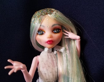 OOAK Iris: Custom Monster High Doll