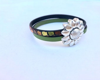 Leather magnetic flower bracelet, magnetic bracelet, leather bracelets
