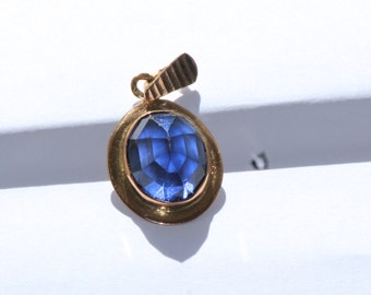 Pure Solid Gold 19,2k Pendant With Sapphire