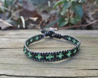 Single wrap bracelet with round seed bead