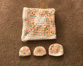 Newborn crocheted baby blanket and hat set